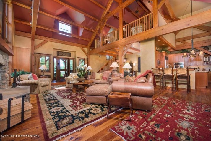 11 Living Room 2