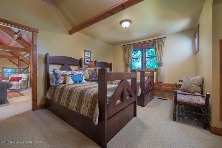 25 Loft Bedroom 1