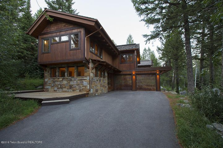 Mountain modern in Teton Village