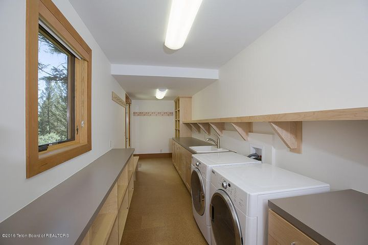 laundry/gear room