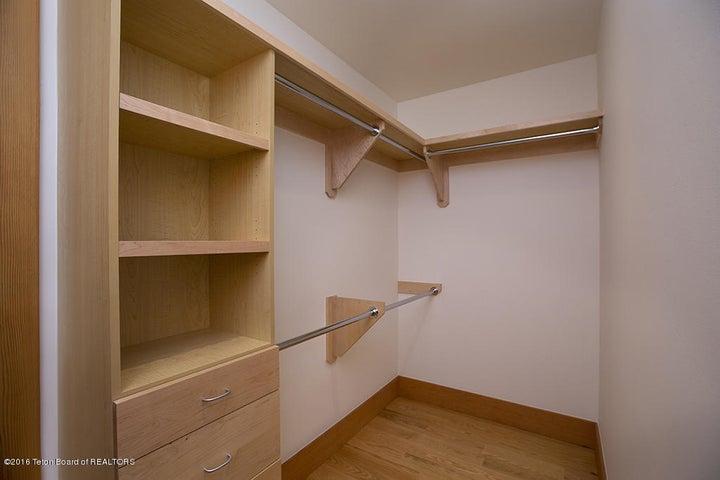 2nd floor guest closet
