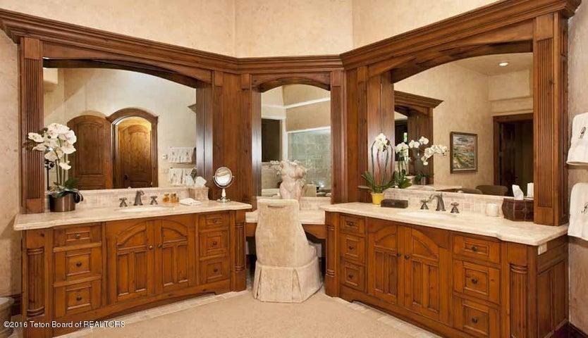 14 Master Bath Dual Vanities
