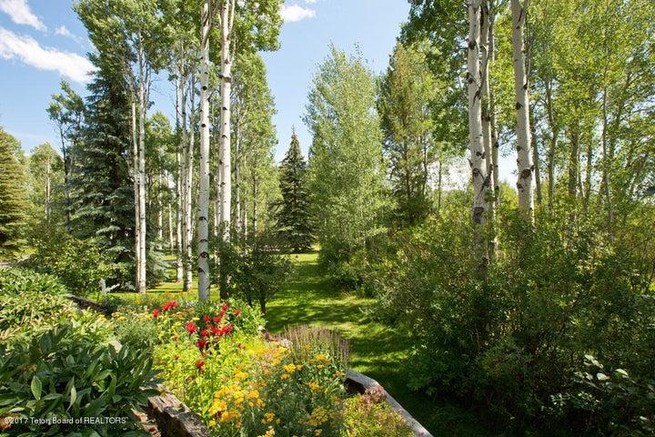 17 Gardens