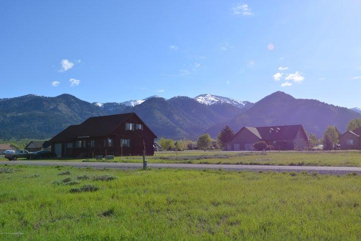 P 5 L 37 SCRUB OAK DRIVE +WATER <br>Star Valley Ranch, WY
