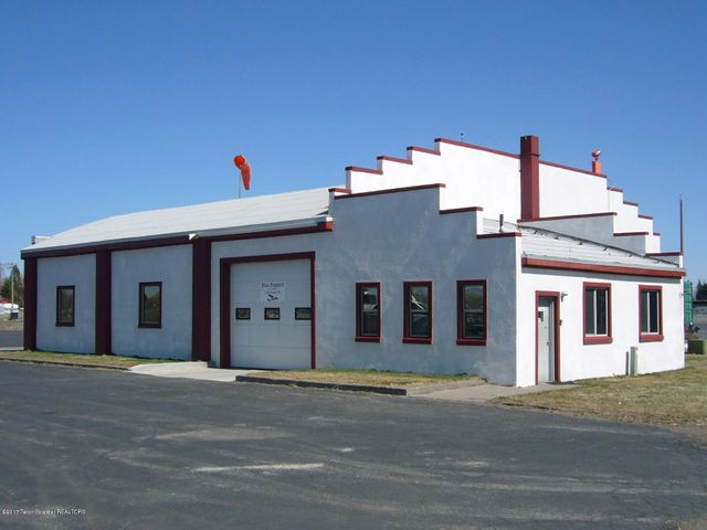 2390 AIRPORT RD., HANGAR #1, St. Anthony, ID 83455
