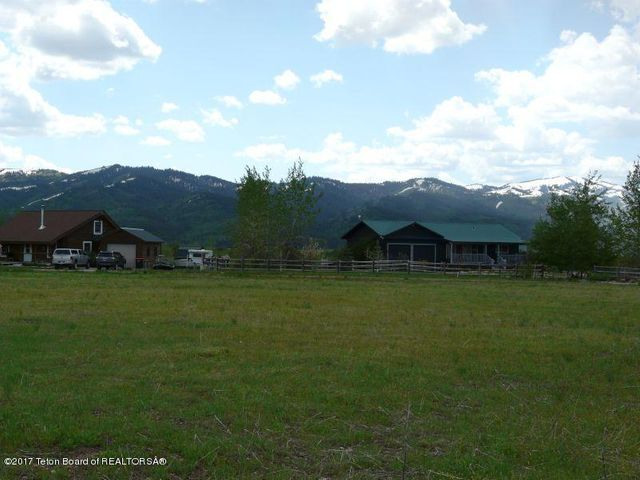 7570 SPOON CREEK DR, Victor, ID 83455