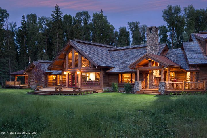 8120 SPLIT CREEK RD <br>Jackson, WY