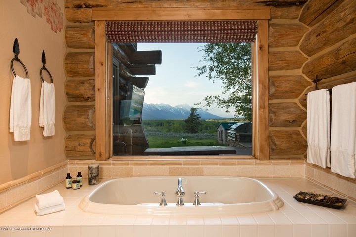 Summer Main Floor Master Bath Teton View