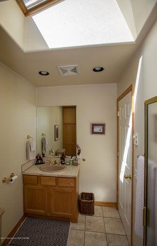 Downstairs Skylight Bath Vert