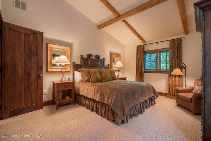 Guest Suite 2-Upper Level