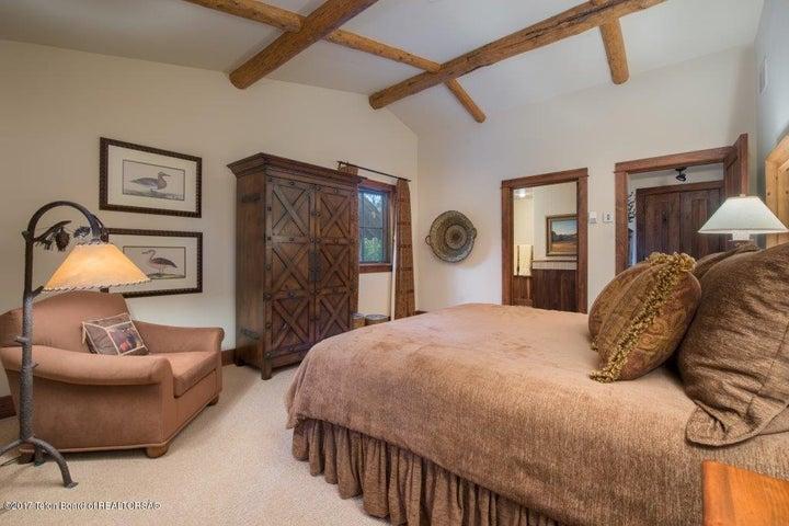 Junior Master Bedroom-1