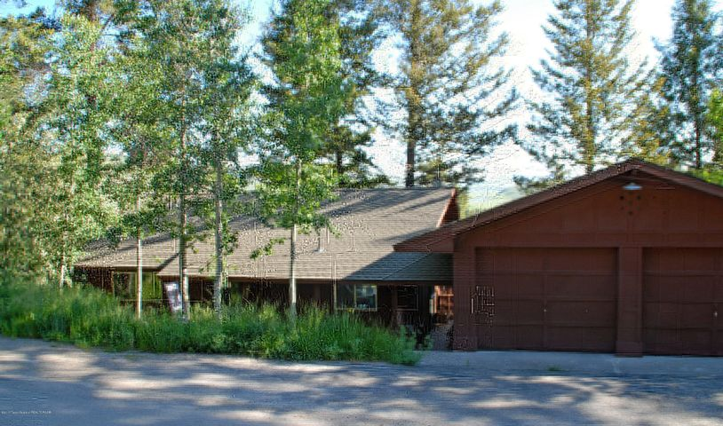 785 SNOW KING DR, Jackson, WY 83001