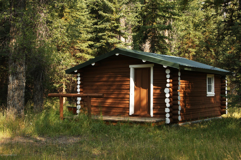 Womack Storage Cabin 1 300 dpi
