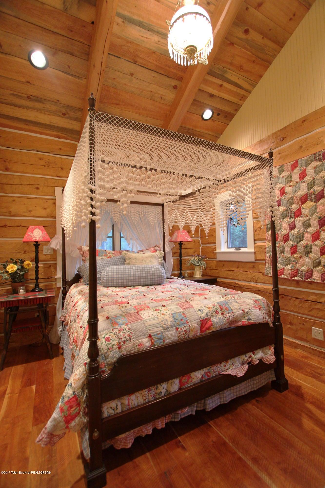 GH North Bedroom 1 300 dpi
