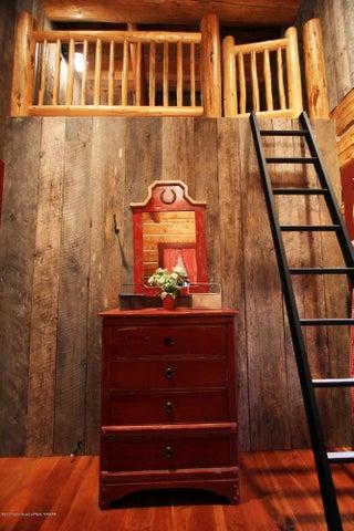 GH South Bedroom Loft 1 300 dpi