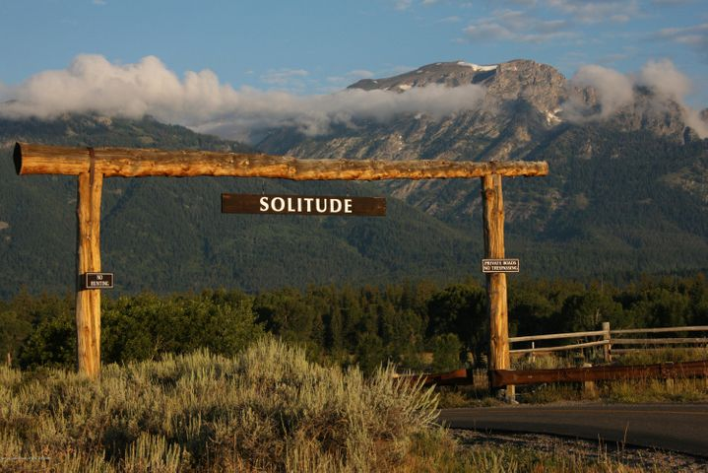 Womack Solitude Entrance 1 300 dpi