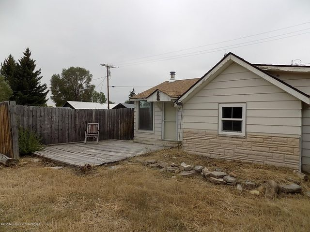 236 S MADISON AVE, Pinedale, WY 82941