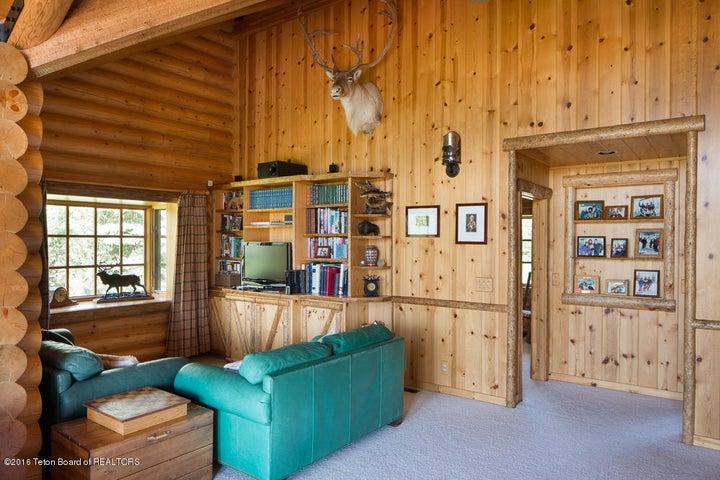 Guest Bedroom Recreational Room
