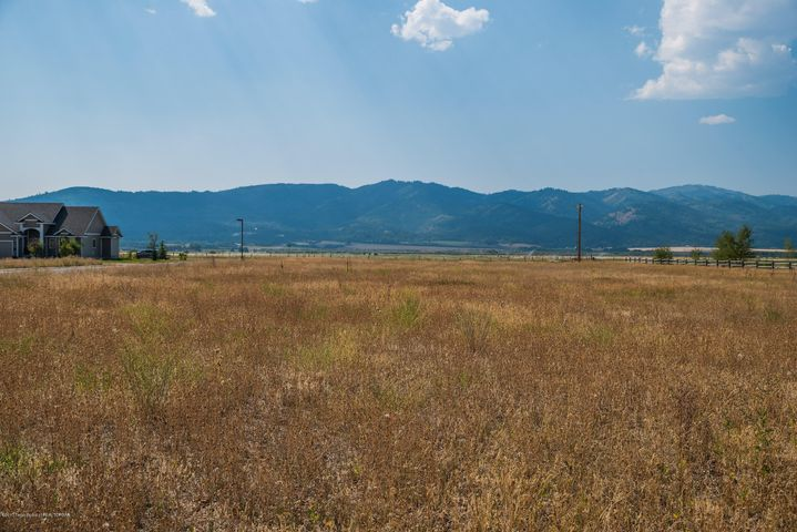 1946 JUSTIN AVE, Victor, ID 83455
