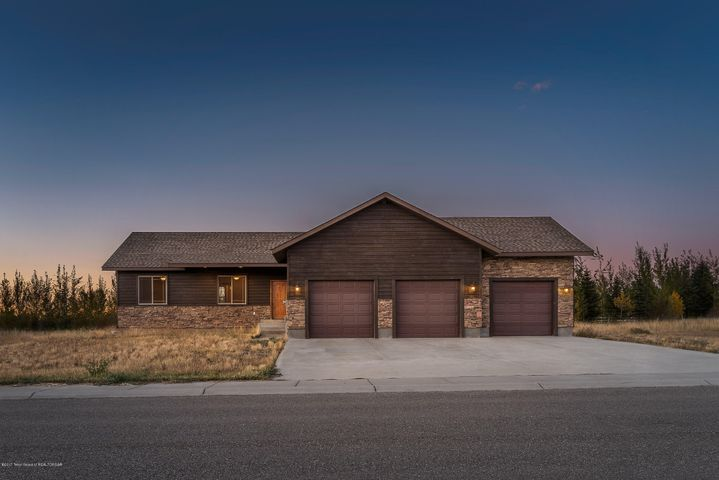 1852 JUSTIN AVE, Victor, ID 83455