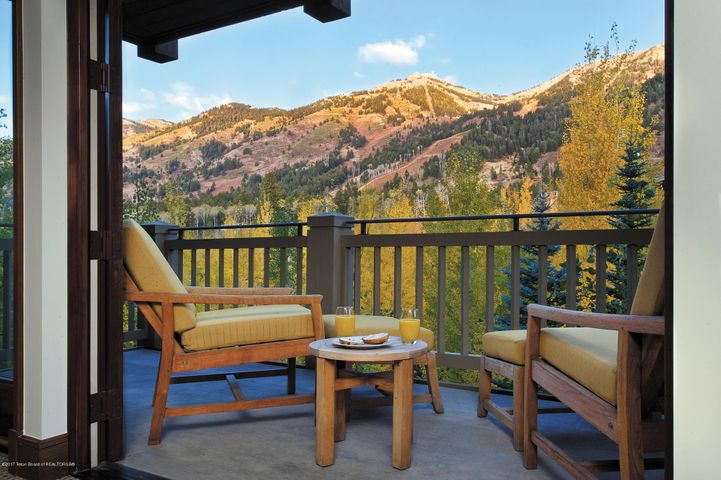 7680 GRANITE LOOP, 651, Teton Village, WY 83025