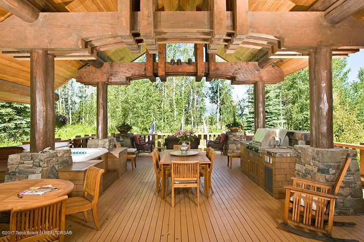 Grill Deck with Hot Tub