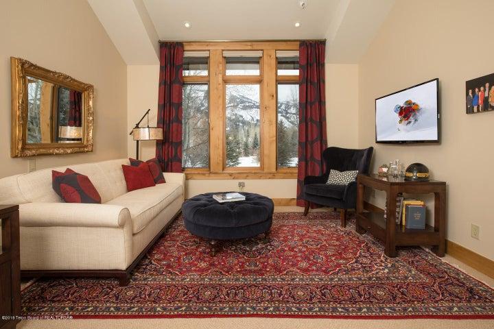 Guest Bedroom Suite North