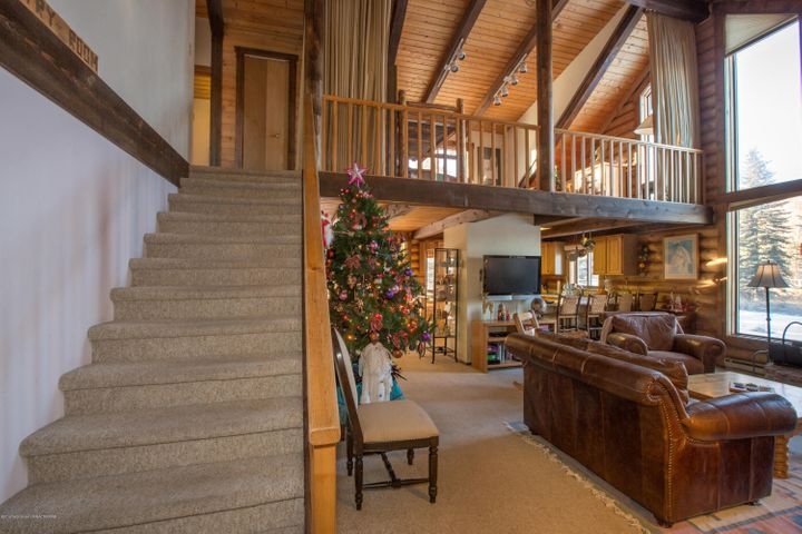 Great Room to the loft