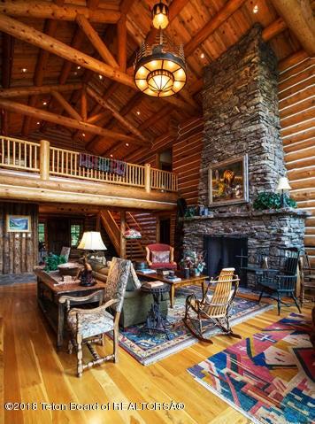 A Living Room 1 100 dpi