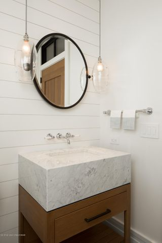 1/2 bath for guests