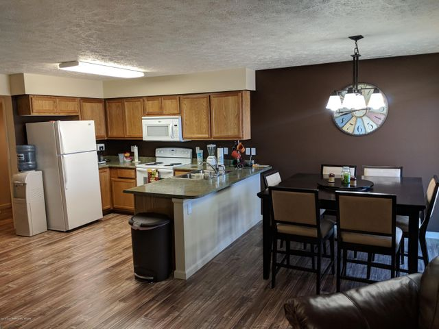 388 S Colter AVE, Pinedale, WY 82941