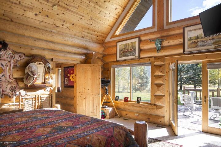 12 - Master Bedroom