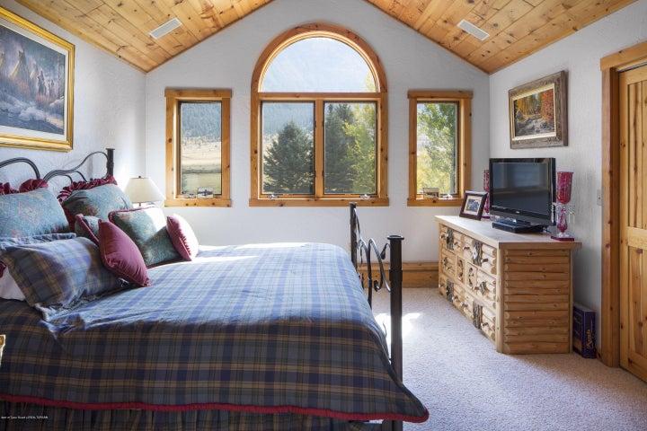 16 - Guest Bedroom