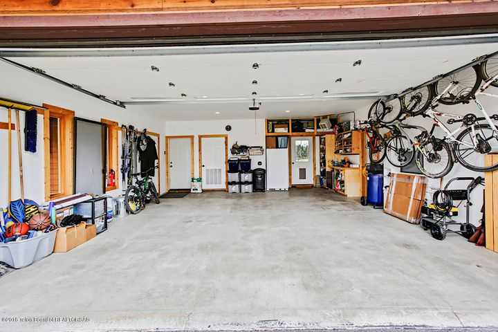 Kestrel Garage 1