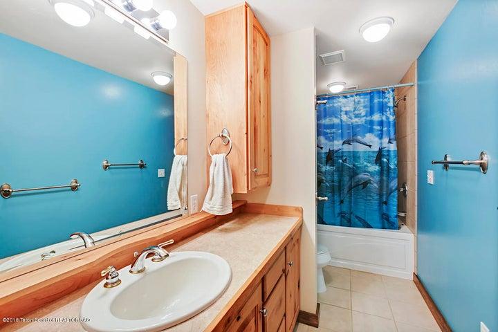 Kestrel Bath 3