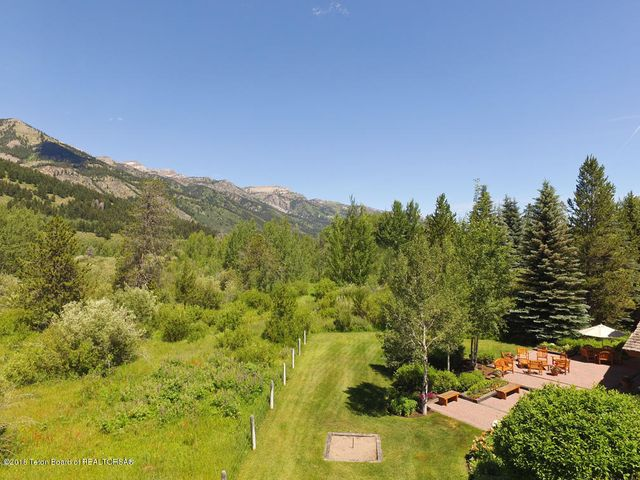 28 Drone of Yard, Terrace + Mountains fr