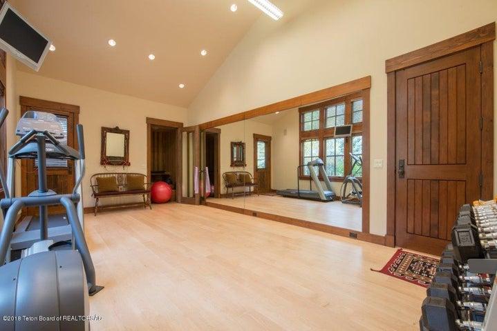 Exercise Room w/ Sauna