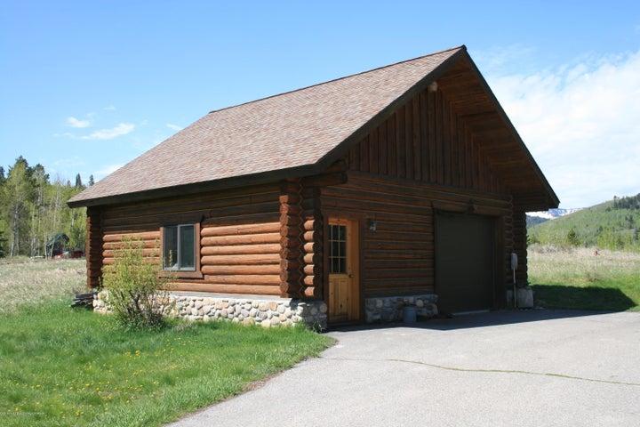 Additional shop/garage