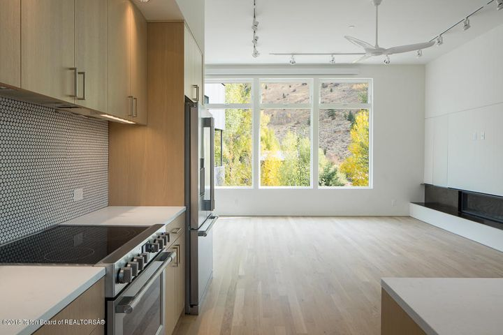 Kitchen living (sample)