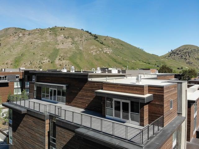 Elevated Views - Condo 9 Deck