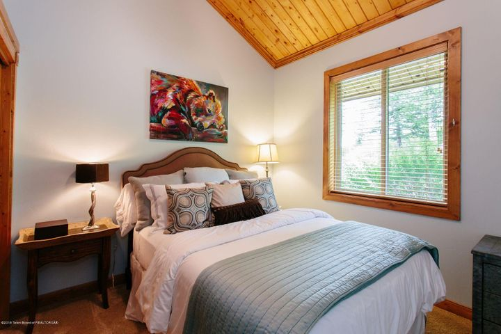 14 - Bedroom 1
