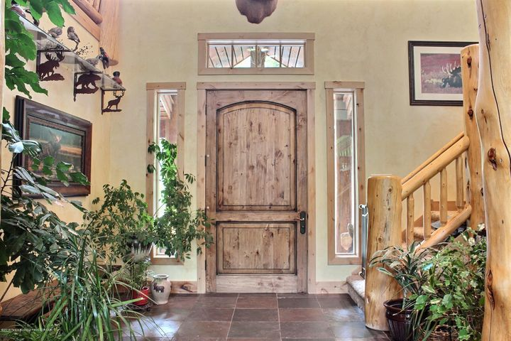 Foyer/ Front Door