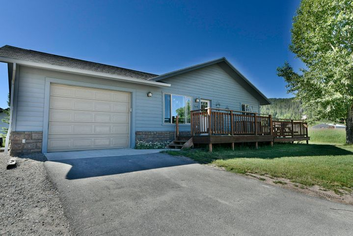 182 CANYON VIEW DR, Alpine, WY 83128