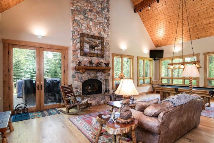 Living Room/ Grand Fireplace