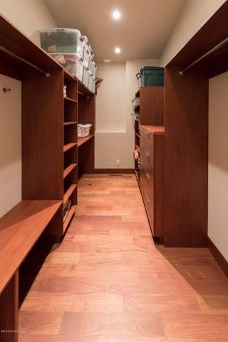 Junior Master Closet