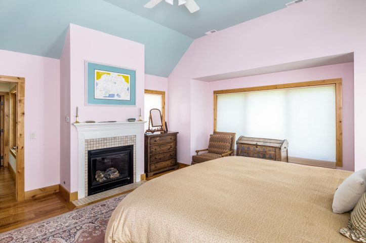 guest bedroom suite 2