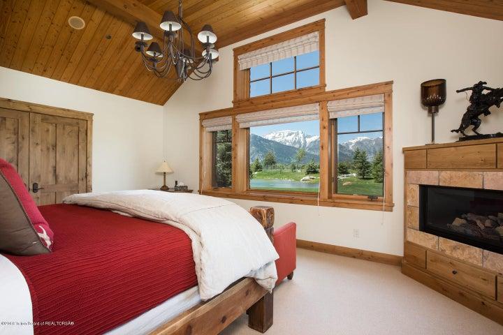 Guest Bedroom & FP