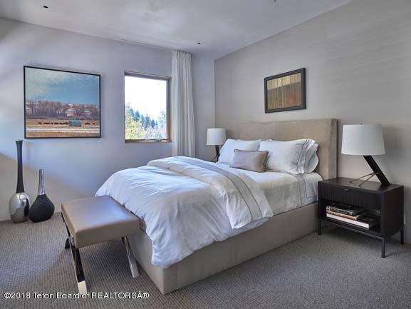 Second Level Guest Suite