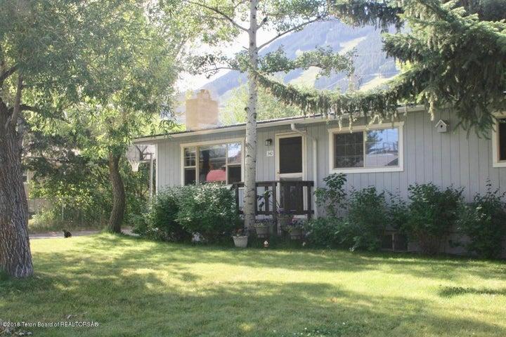 340 W KELLY AVE, Jackson, WY 83001