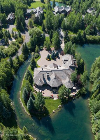Situated on Private Water